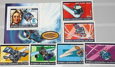 MADAGASCAR MALAGASY 1987 1058-63 A Block 42 A 792-798 Halley´s Comet Space MNH