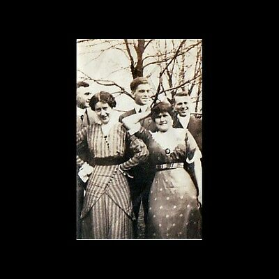 vintage photo turn of the century ladies pose mug for camera with boyfriends