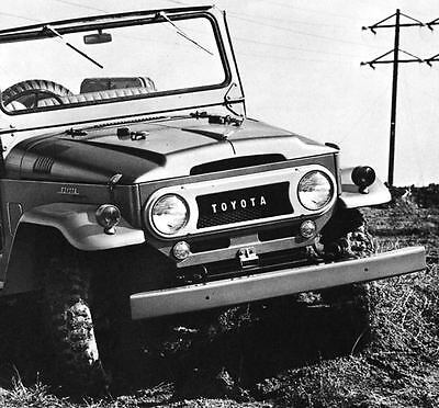 1966 Toyota Land Cruiser Photo Poster zu2424-VVXOIV