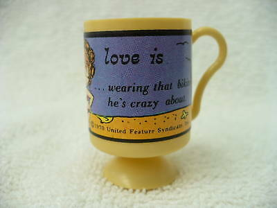 "91A-  Vintage Vending Machine Prize ""love Is"" Cup"