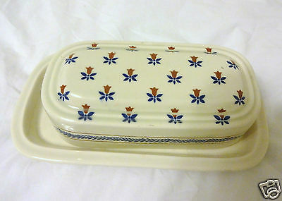 Sanyei NY Corp. COUNTRY FIELD QT. LB. COVERED BUTTER DISH 1982