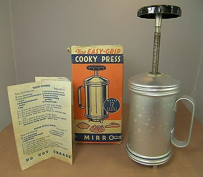 Vintage MIRRO COOKY PRESS Easy Grip Finest Aluminum for Fancy Cookies Biscuits