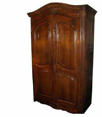 Superb Antique 18C French Country Armoire or Linen Press