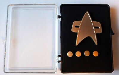 STAR TREK Voyager Communicator + Rank pin Set (matt)