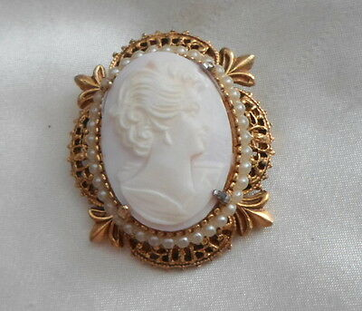 Florenza Angel Skin Cameo Set In Gold Plated Frame