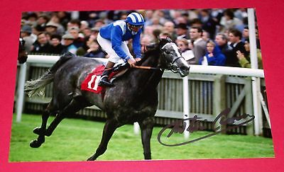 Willie Carson Shadayid Hand Signed 12X8 Photo 1,000 Guineas 1991