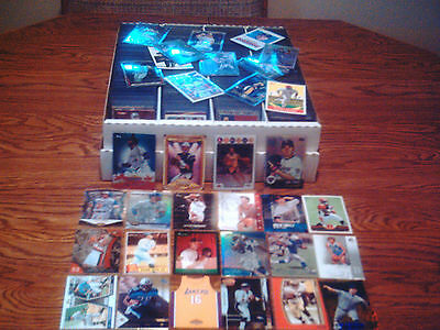 HUGE WHOLESALE SPORTS CARD COLLECTION ROOKIE INSERT LARGE LOT JORDAN MANNING