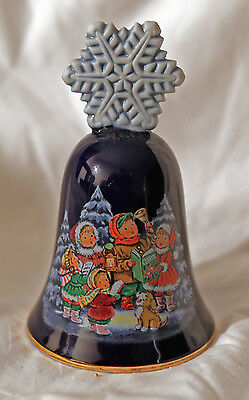 Avon 1987 Christmas Bell 5 inches tall