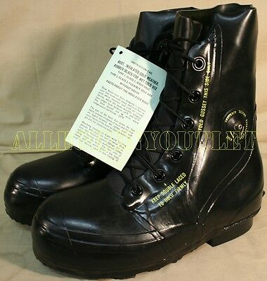 NEW Bata Arctic Extreme Cold Weather -20° MICKEY MOUSE BOOTS Black