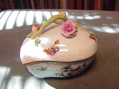 VINTAGE HEREND HUNGARIAN PORCELAIN ROTHSCHILD COVERED JEWELRY LEAF SHAPED BOWL