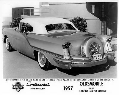 1957 Oldsmobile & Continental Kit Factory Photo ca0211