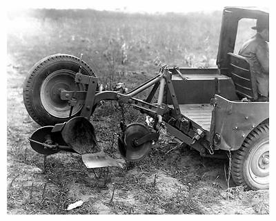 1947 Jeep Lift Up Implement Hitch and Implements Love Tractor Co. Photo uc5961