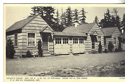 Milwaukie Oregon outside view of Nelson's Cabins antique postcard (Y1545)