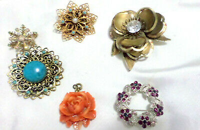 Collection Of Six Vintage Brooches