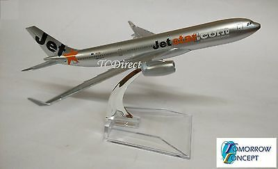 15cm 1:450 JetStar A330 Airplane Aeroplane Diecast Metal Plane Toy Model