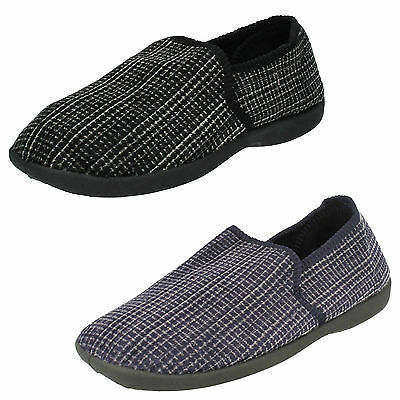 WHOLESALE Mens Slippers / Sizes 7-12 / 18 Pairs / X2034