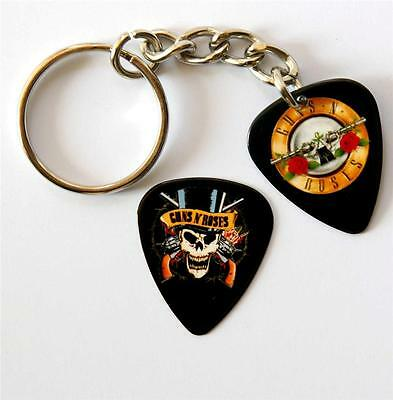 Guns n Roses Double Sided Guitar Pick Keyring plus Matching Plectrum
