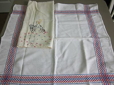 2 PC VINTAGE COTTON EMBROIDERED TABLECLOTH CUTTER LOT 32X36 30X30 FEEDSACK?