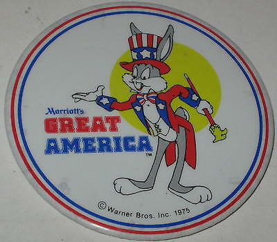 """Looney Tunes Bugs Bunny Marriott Hotel Pin 1975 Top Hat & Tails 3"""""""
