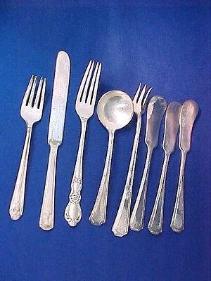 Vintage Mixed Lot of 8 Pieces Silverware Wm Rogers & Others- Silver plated