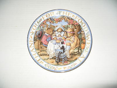 ROYAL DOULTON TEDDY BEAR COLLECTORS PLATE THANKFUL TEDDIES