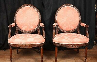 Pair Victorian Carved Arm Chairs Fauteils Mahogany Chair