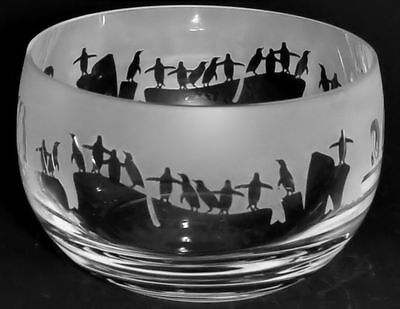 PENGUIN GIFT ~ Boxed 12.5cm CRYSTAL GLASS SWEET BOWL with PENGUIN Frieze