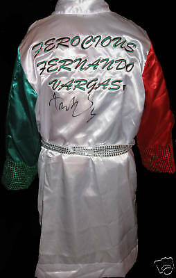 Fernando Vargas Signed Boxing Robe With Exact Proof Coa