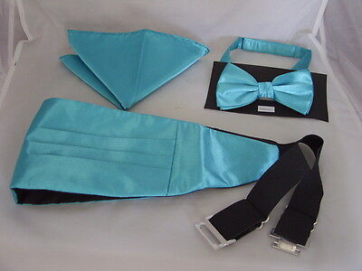 Light Turquoise Polyester Bow tie + Cummerbund and Hankie Set>P&P 2UK >1st Class