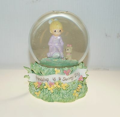 Friendship is a Sunny Day Enesco Precious Moments Water Snow Globe Music Box