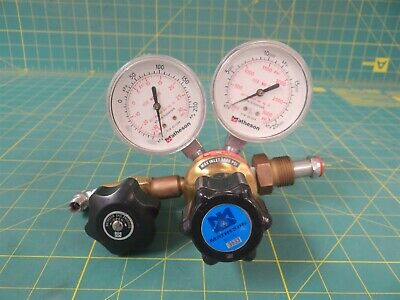 Matheson 3533 Pressure Regulator w/ 2 Gauges & Shut-Off Valve   CGA 580