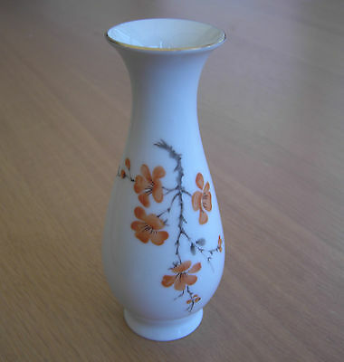 Lovely Royal Porzellan Bavaria KPM Germany Handarbeit Vase - Orange Flowers