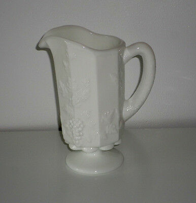 WESTMORELAND WHITE WITH GRAPE AND VINE DESIGN PITCHER EXCELLENT USED CONDITION