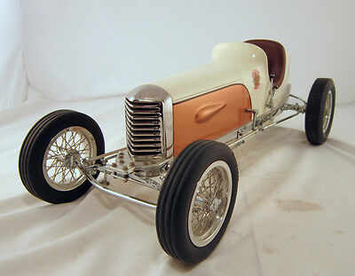 TETHER CAR GENE SHERMAN MILLER - Display Model