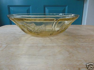 Federal Depression Glass Sharon Cabbage Rose Amber 8 3/8-Inch Bowl