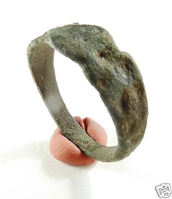Ancient medieval bronze ring. (315)