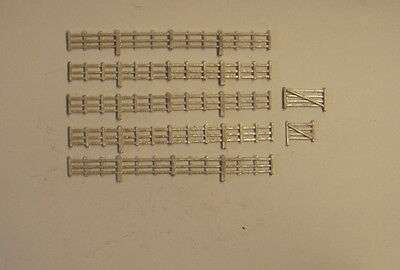 P&D Marsh N Gauge n Scale B152 lineside fencing/gate 42cm casting needs painting
