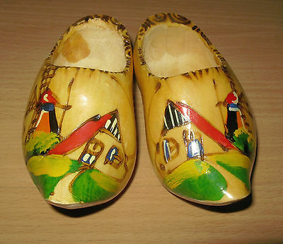 Vintage Made In Holland Souvenir Doll Child Miniature Wooden Shoes Display 4 1/2