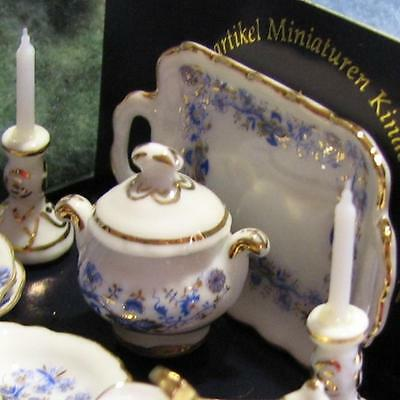 DOLLHOUSE Dinner for Two 1.385/8 Reutter Gold Blue Onion Miniature 1:12 NEW