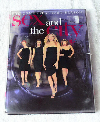 Sex and the City: The Complete First Season (DVD, 2000, 2-Disc Set)
