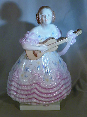 HEREND FIGURINE WOMAN WITH GUITAR MINT CONDITION