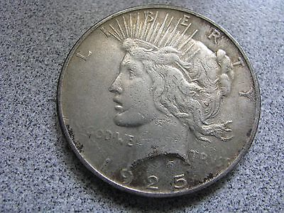 1925-P PEACE SILVER DOLLAR 90% SILVER - GREAT DETAIL