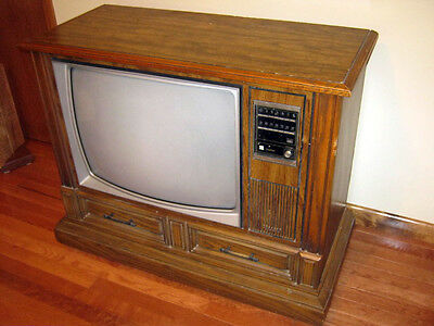 """Vintage Color Console TV - Panasonic - 25"""" with Cabinet"""
