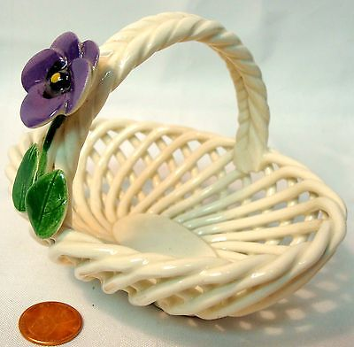 PRETTY SIGNED CAPODIMONTE WOVEN LATTICE BASKET, PURPLE FLOWER ON BRAIDED HANDLE