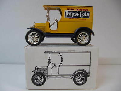 Pepsi-Cola Open Front Panel Side Truck, Yellow Die Cast Bank  1/25  ERTL