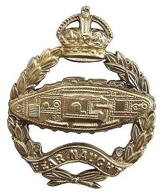 WW1 TANK CORPS BADGE TANK FACING RIGHT OFFICERS SILVER