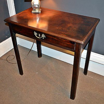 Georgian mahogany side table with frieze drawer