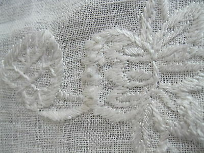 Antique table runner. Lovely embroidery. Ecru. GUC (character). 16W x 52L.