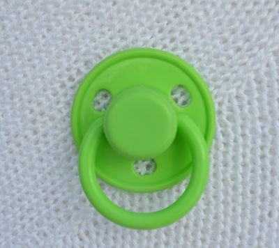 PJs ♥♥ Cute Green ♥♥ DUMMY PACIFIER SOOTHER + MAGNET 4 REBORN BABY DOLL OOAK