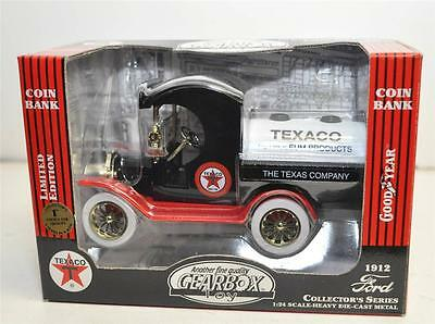 Die Casts Gearbox 1912 Ford TEXCO Oil Tanker  Bank New In Box